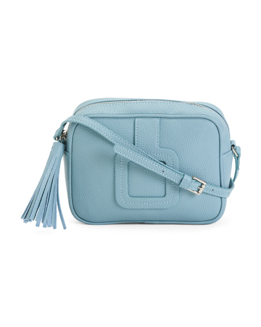This blue was just irresistible and the leather is a dream. I had no idea when I ordered it, that Anthropologie carries this brand, so this is actually a good deal on this little bag. -