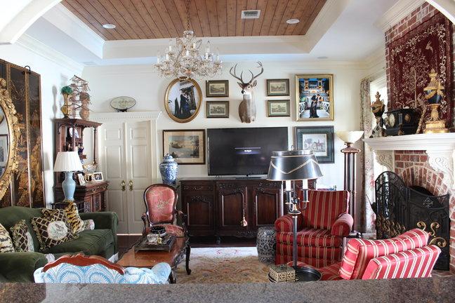 budgetdecoratinglivingroom.jpg