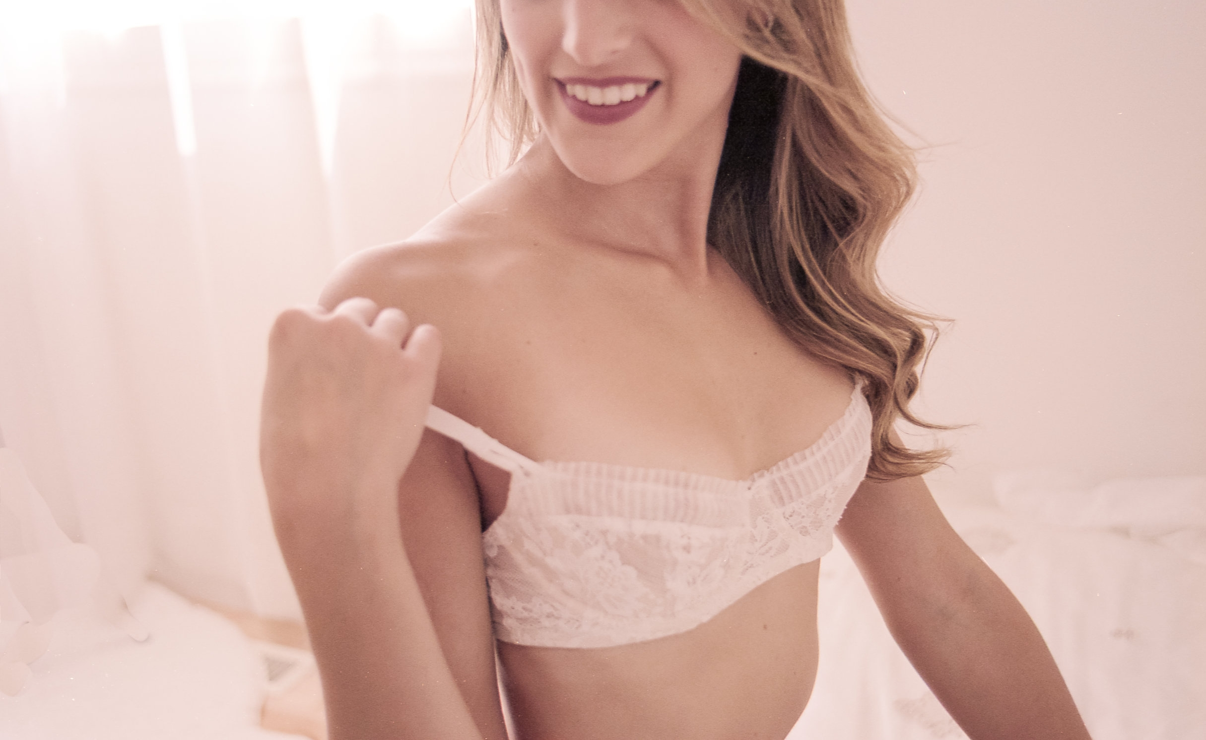 Ottawa_Boudoir_Photographer_Beautiful_elegant