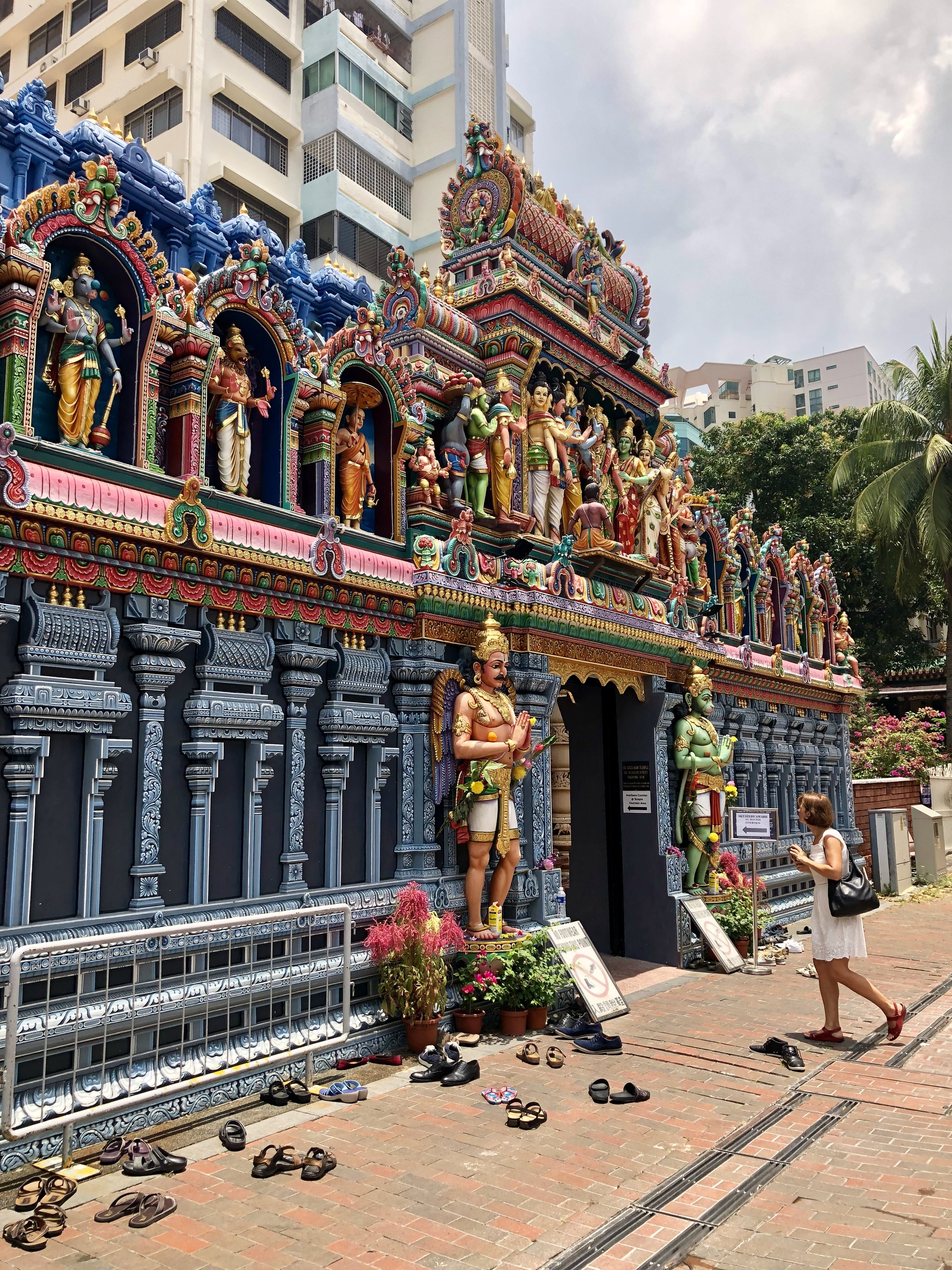 One of the several exquisite Hindu temples in SG
