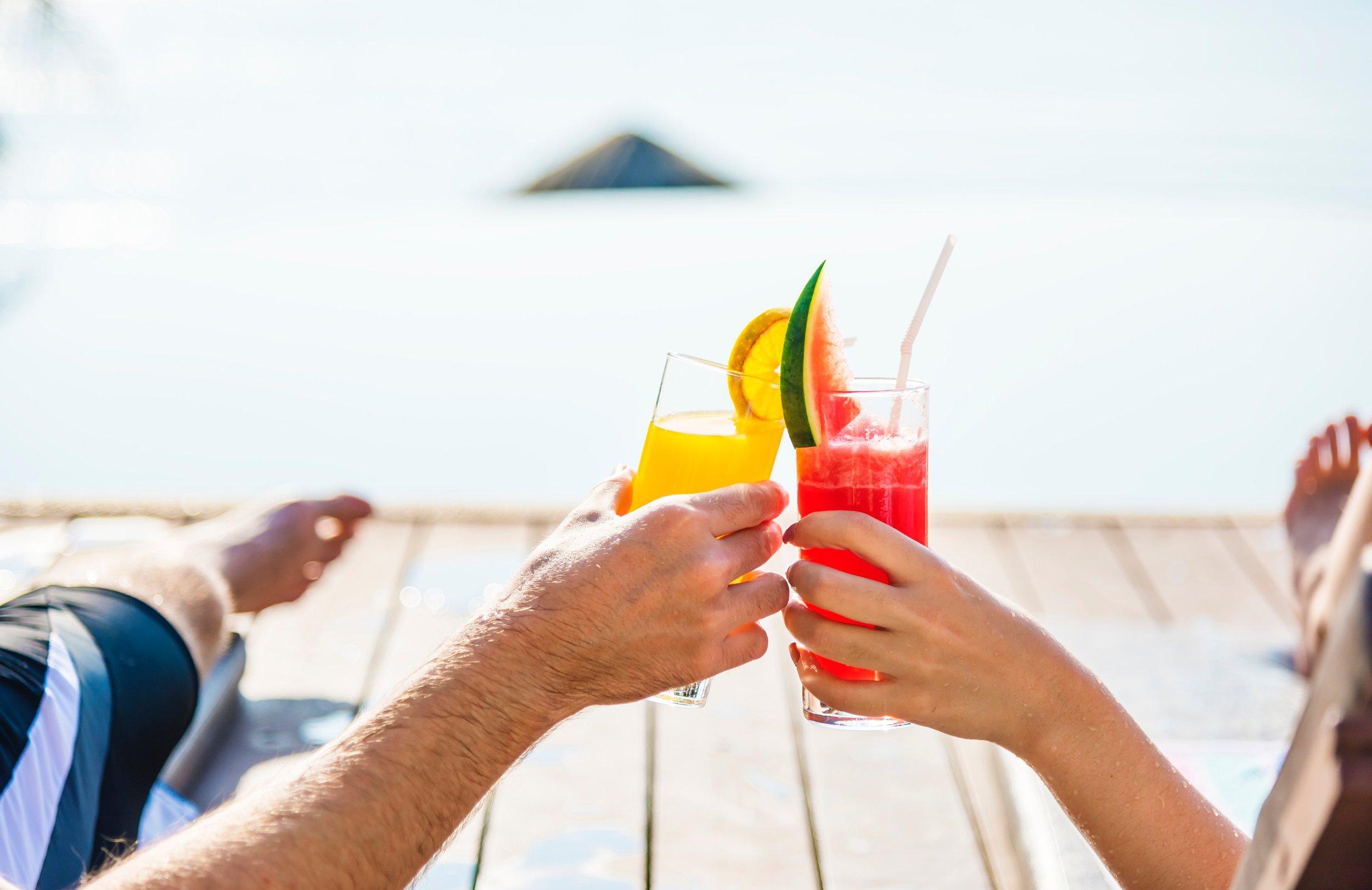 adult-antioxidant-beach-1332194.jpg