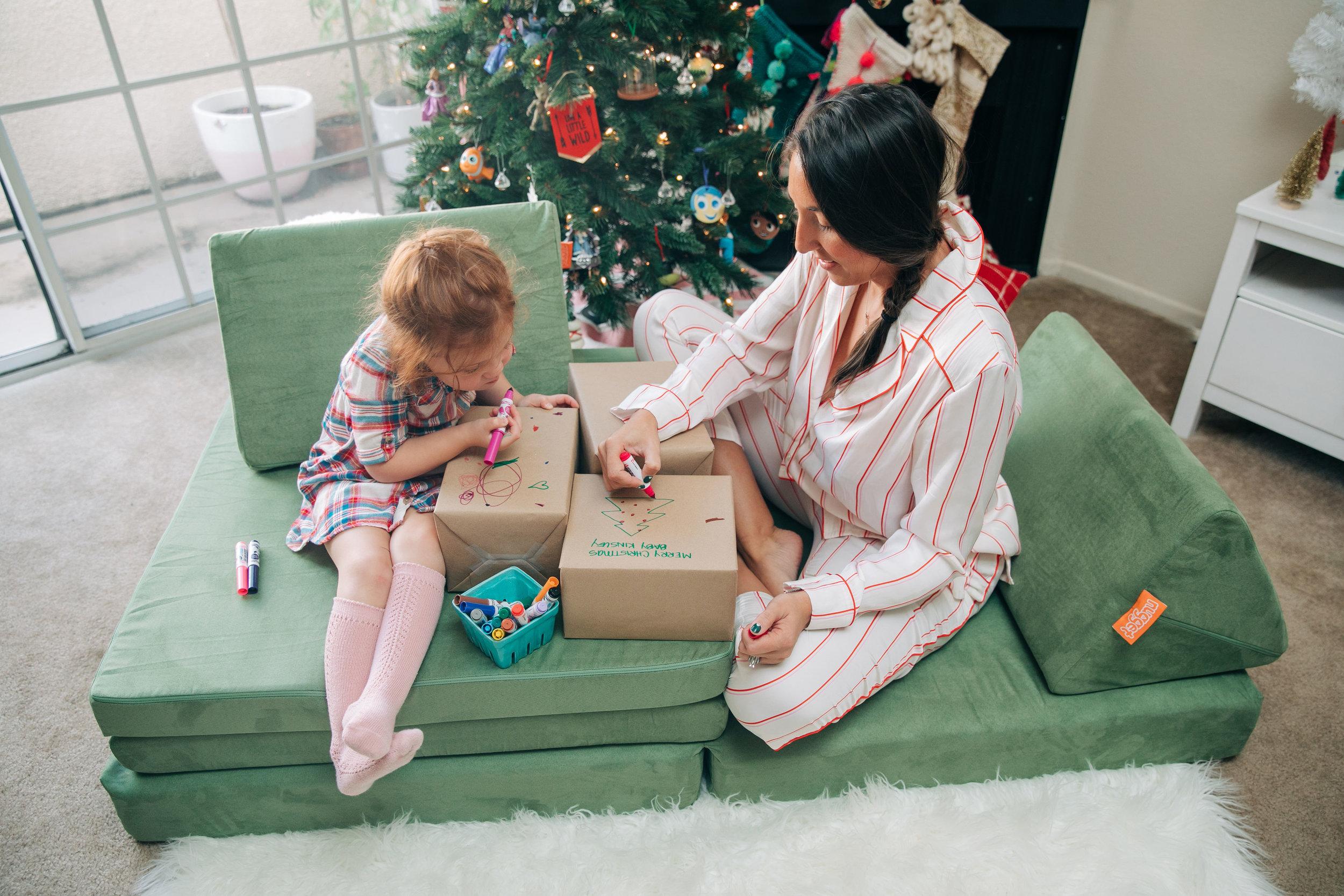 BabyBoyBakery_Gift_Coloring_Lily_Ro_Photography-6.jpg