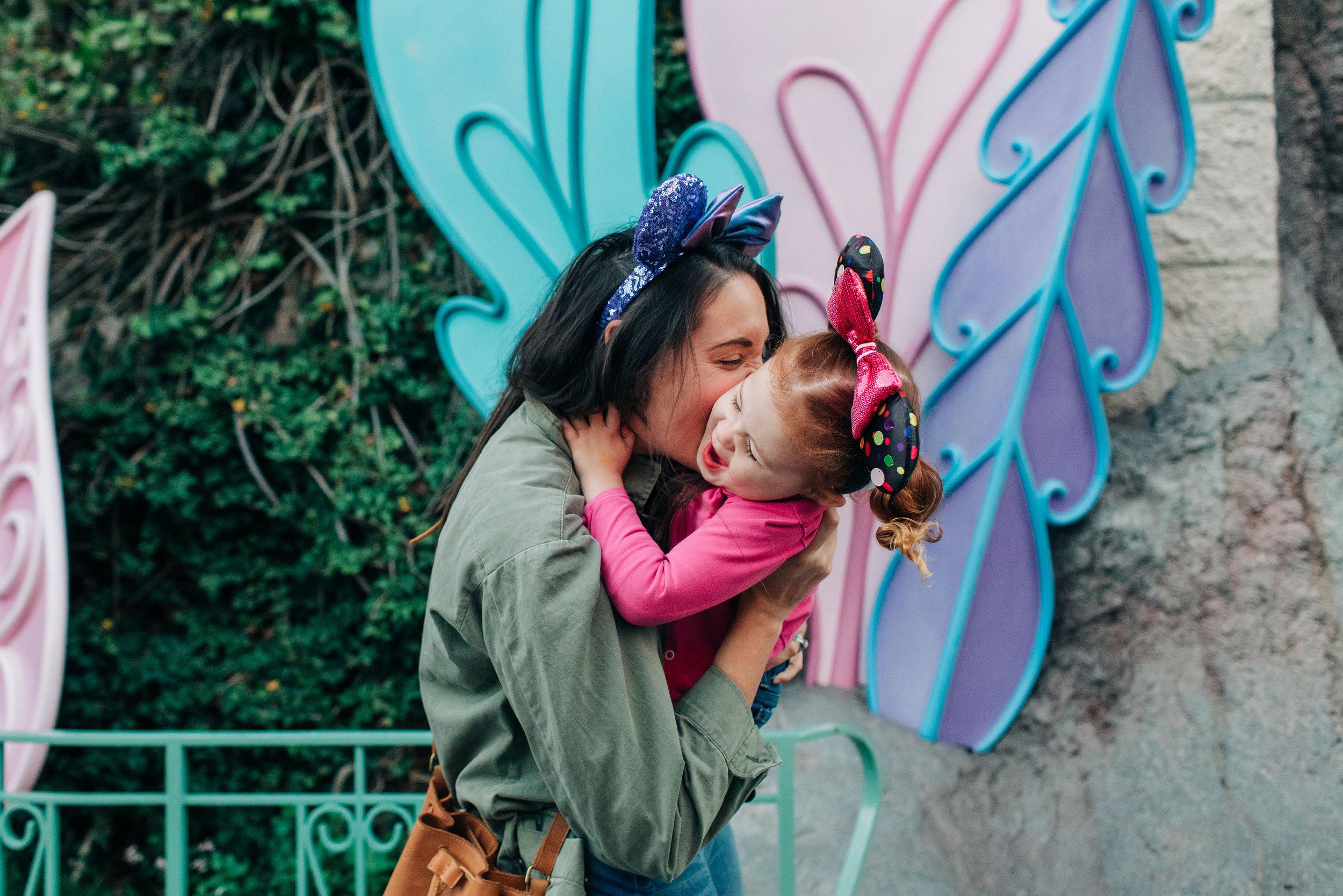 Baby_Boy_Bakery_Disneyland_LilyRoPhotography-7487.jpg