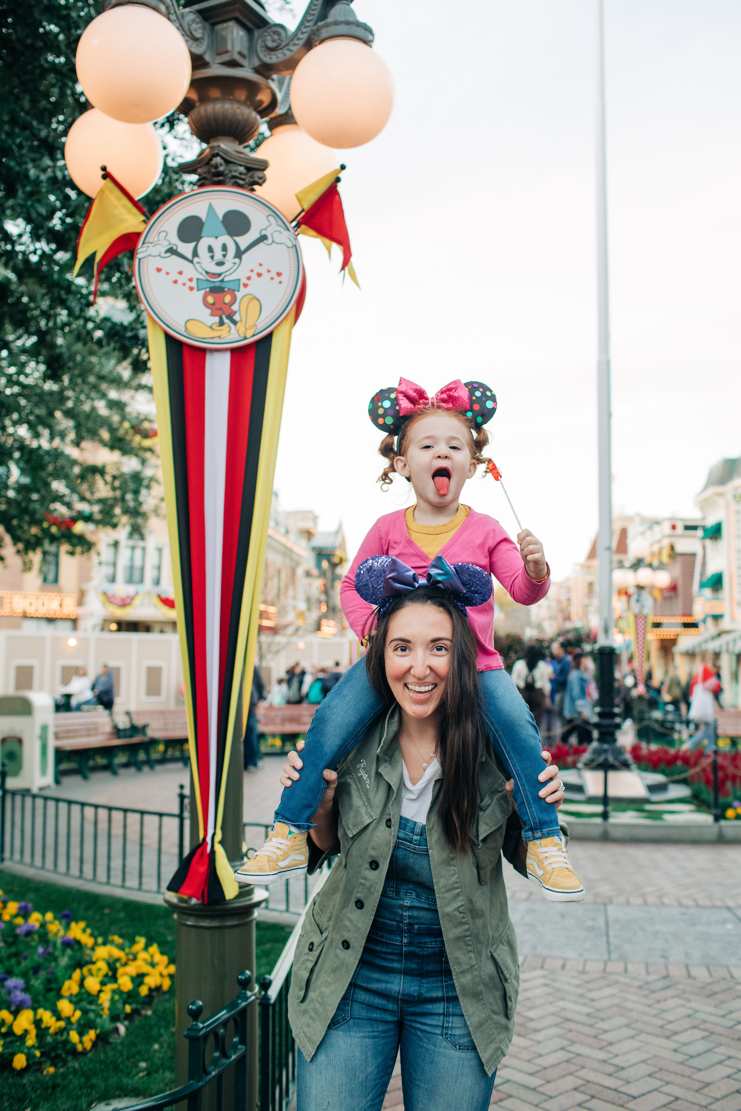 Baby_Boy_Bakery_Disneyland_LilyRoPhotography-7431.jpg