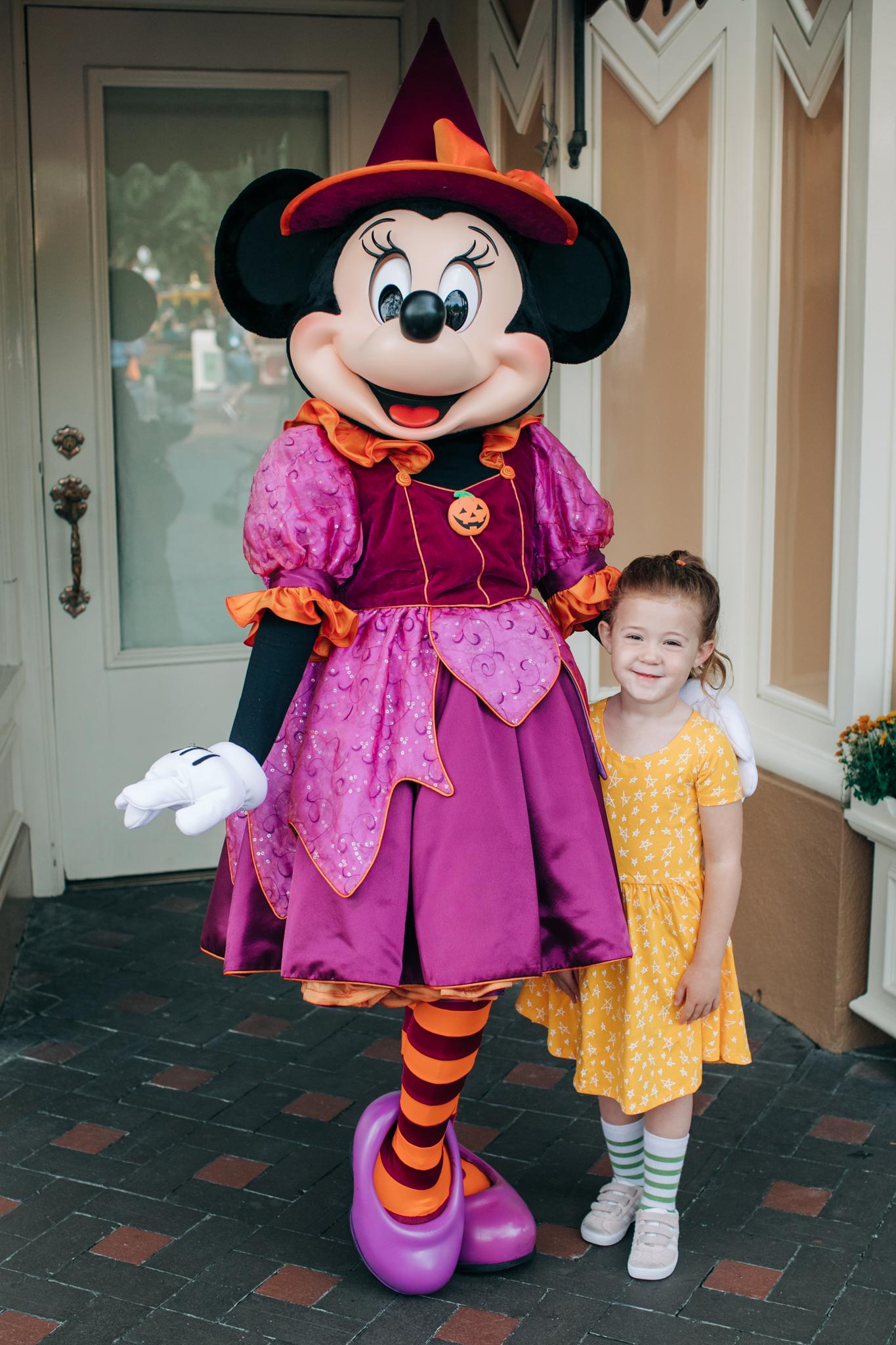 BabyBoyBakery_Disneyland_LilyRo-2.jpg