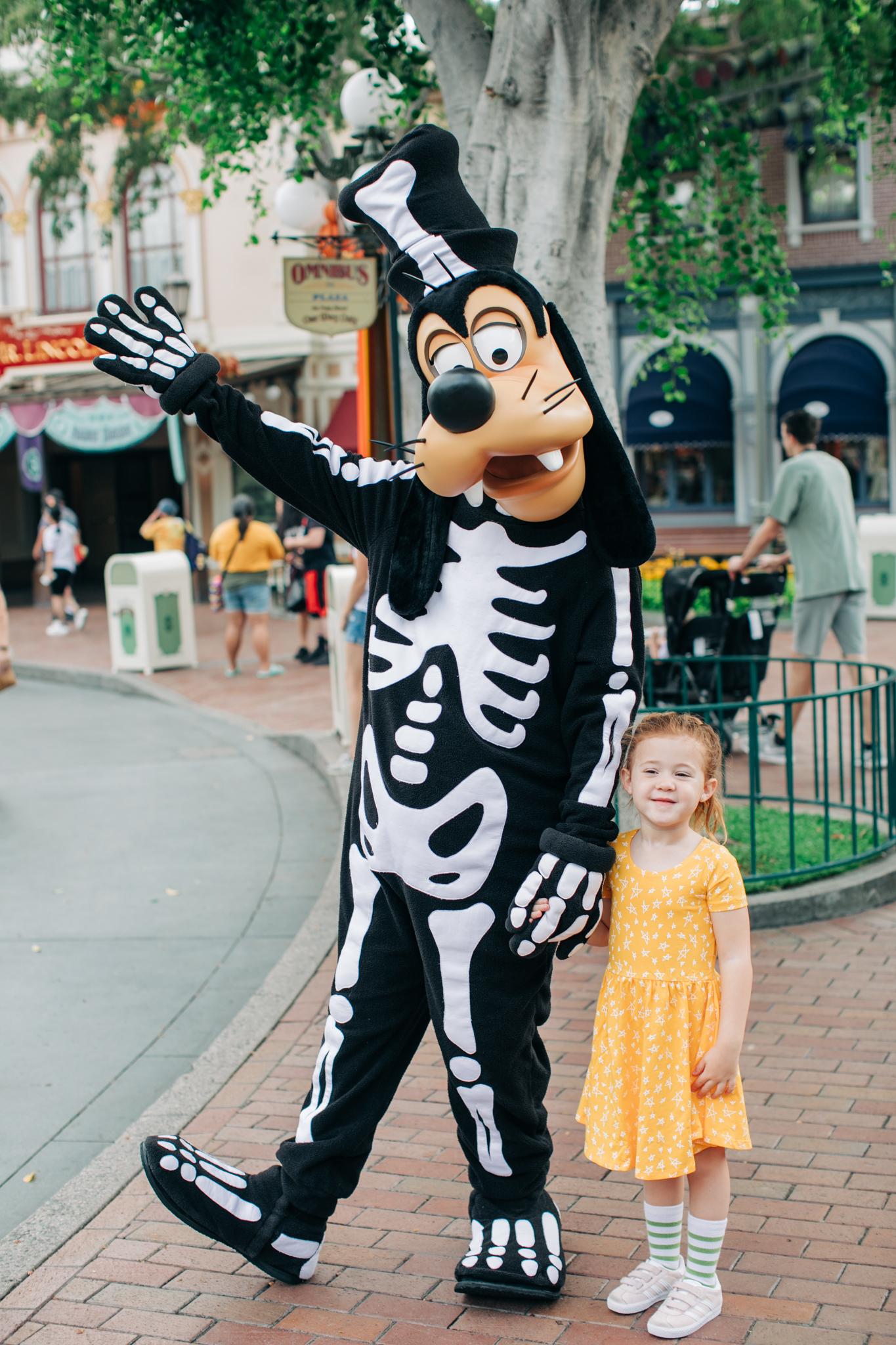 BabyBoyBakery_Disneyland_LilyRo-11.jpg