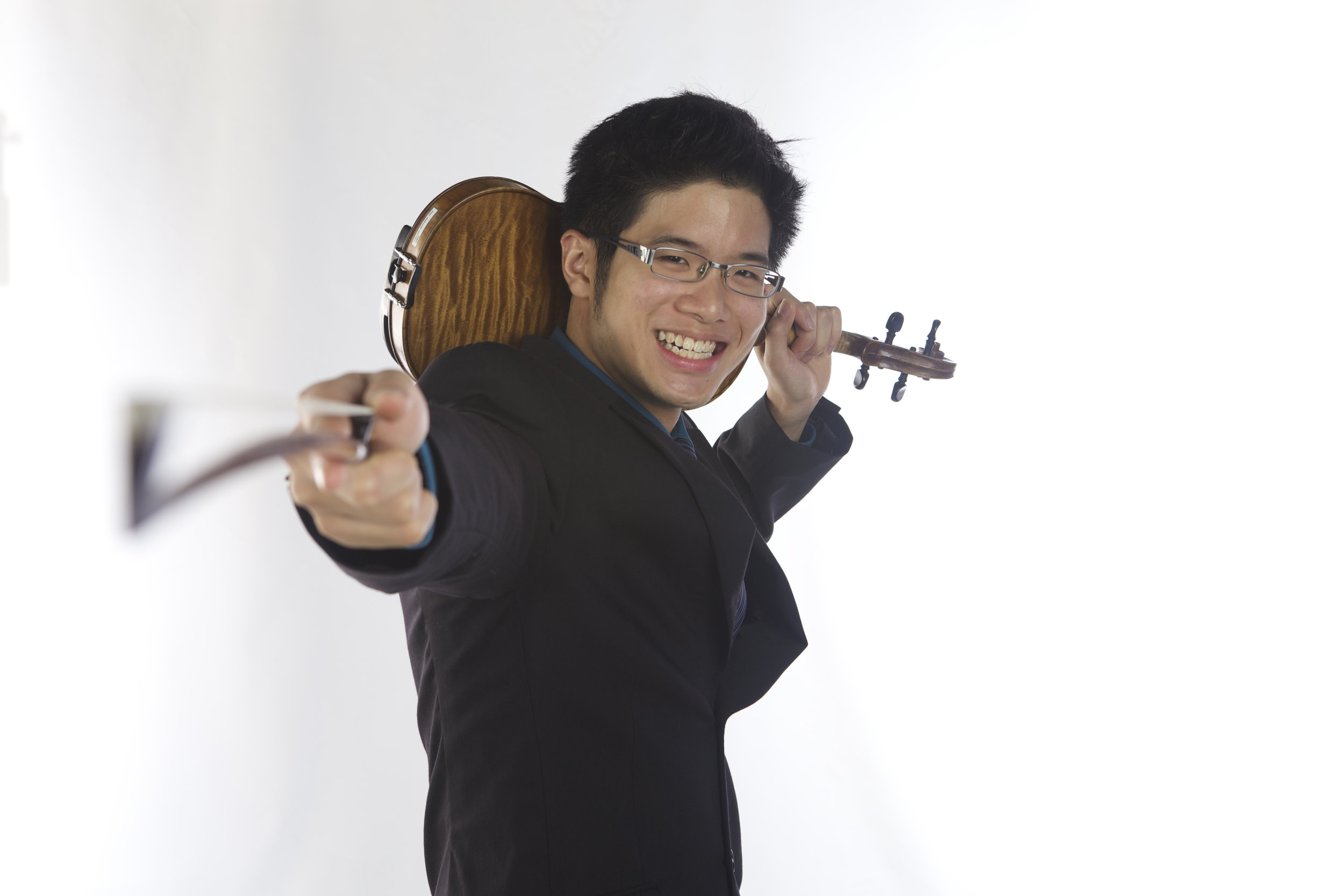 David Loke (Violin)