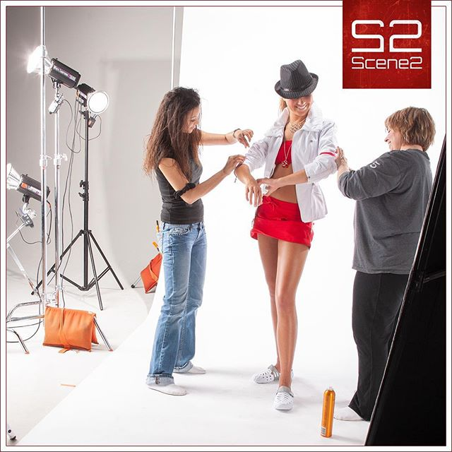 Wouldn't it be nice to have a team of people fussing over your hair, makeup, and wardrobe before you headed out the door every day?? That's what happens on a fashion shoot.  Our model is getting pampered before the shot! . #scene2 #photography #kansascity #fashion #fashionmodel #behindthescenes