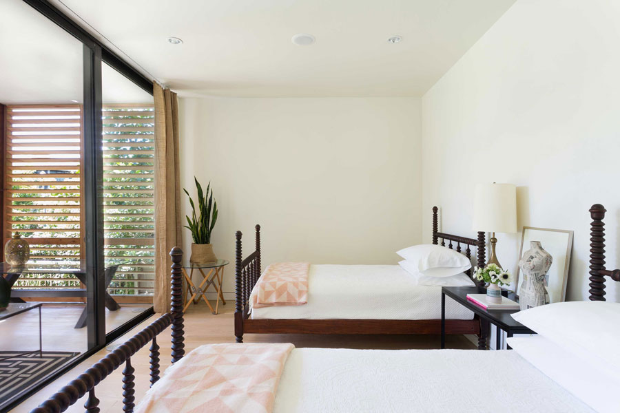 1_Bedroom-1_Credit-Claudia-Uribe.jpg