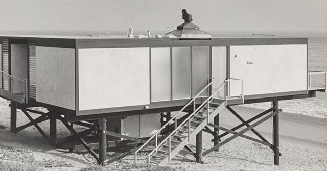 Pictured: The Hunt House, Malibu (1955-1957) by Craig Ellwood. Photographed by Marvin Rand.  Event: SAH/SCC and the Santa Monica Public Library celebrates the legendary architectural photographer and native Angeleno Marvin Rand (1924-2009). Architectural historian Emily Bills, Ph.D., will give a dynamic presentation featuring rarely seen images from the Rand archive, based on the new book California Captured (Phaidon, 2018), which she co-authored with Sam Lubell and Pierluigi Serraino, AIA.  Los Angeles photographer Rand created iconic images of some of the most celebrated architectural creations of his time, photographing buildings by modern masters Craig Ellwood (1922-1992), Louis Kahn, FAIA (1901-1974), and Frank Lloyd Wright, FAIA (1867-1959), among so many others. In doing so, he played a critical role in shaping the mid-century California style now worshiped the world over. Long overshadowed by other photographers, such as Julius Shulman (1910-2009) and Ezra Stoller (1915-2004), Rand was the photographer of choice for architectural historian Esther McCoy (1904-1989). He was also active in early preservation efforts in Los Angeles, including the campaign to save the Dodge House (1916-1970) by Irving Gill, AIA (1870-1936). The new book California Captured, featuring some of Rand's most treasured images of Southern California modernism, will be available for sale and signing by the author.  Authors on Architecture: Bills on Rand—Sunday, October 14, 2018; 2-4PM; Martin Luther King Jr. Auditorium, Santa Monica Central Library, 601 Santa Monica Blvd.; free; seating is available on a first-come, first-served basis.  #marvinrand #craigellwood #hunthouse #malibu #losangeles #architecture #architecturalhistory #design #modernism #southerncaliforniahistory #architecturalphotography #architectureasart #architecturalhomes #modern #coastalliving #californiacaptured #photobooks #collectiblehouse