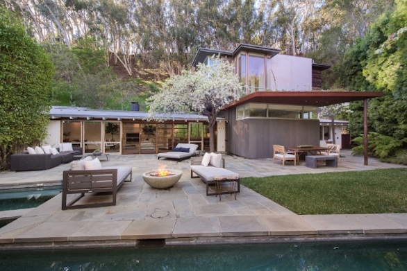 Located in desirable Santa Monica Canyon, this idyllic midcentury modern home uses natural and organic materials throughout. Tastefully designed with living spaces opening to the outdoors throughout.    Pacific Palisades $4,495,000 | 5 Beds | 4 Baths | 2 Car Spaces | Pool | 2,615 Sqft | .58 acres
