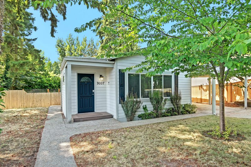 Kirkland Home - RENTED