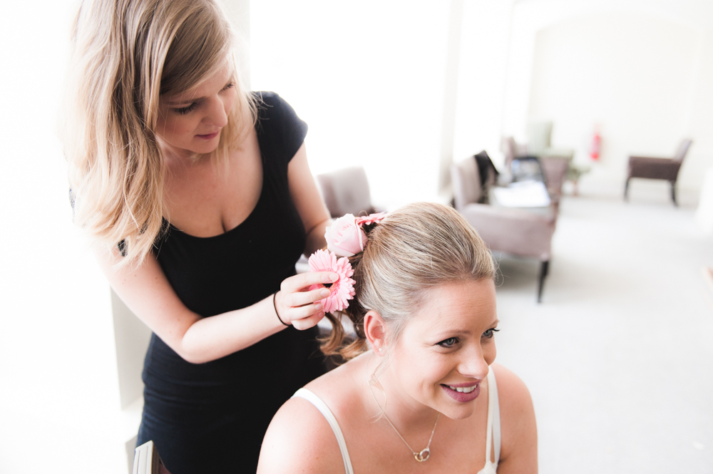dBuxted Park Wedding Photography_Ross Hurley Photography-web-6.jpg