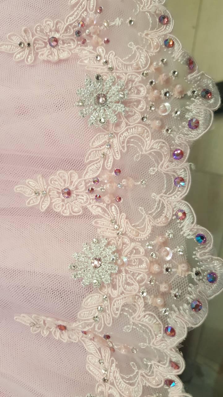 White lace detail.jpeg