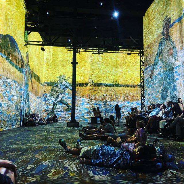Exploring Van Gogh Immersive art experience #atelierdeslumieres #immersiveartexperience #vangogh