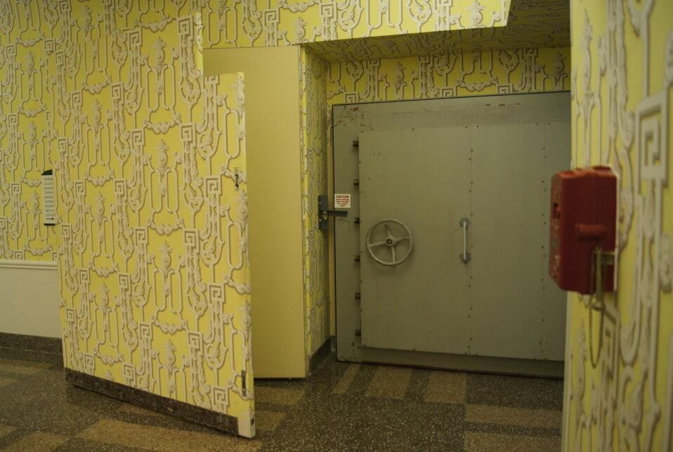 Puerta de enlace con sala de baile.