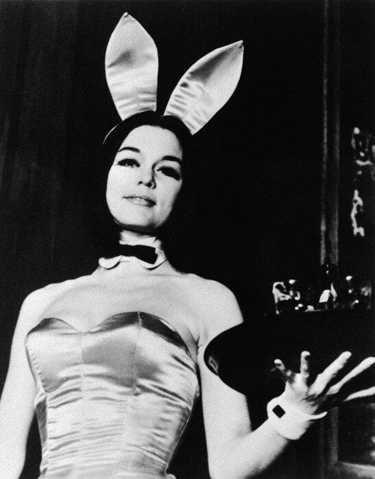 Steinem como Playboy Bunny.