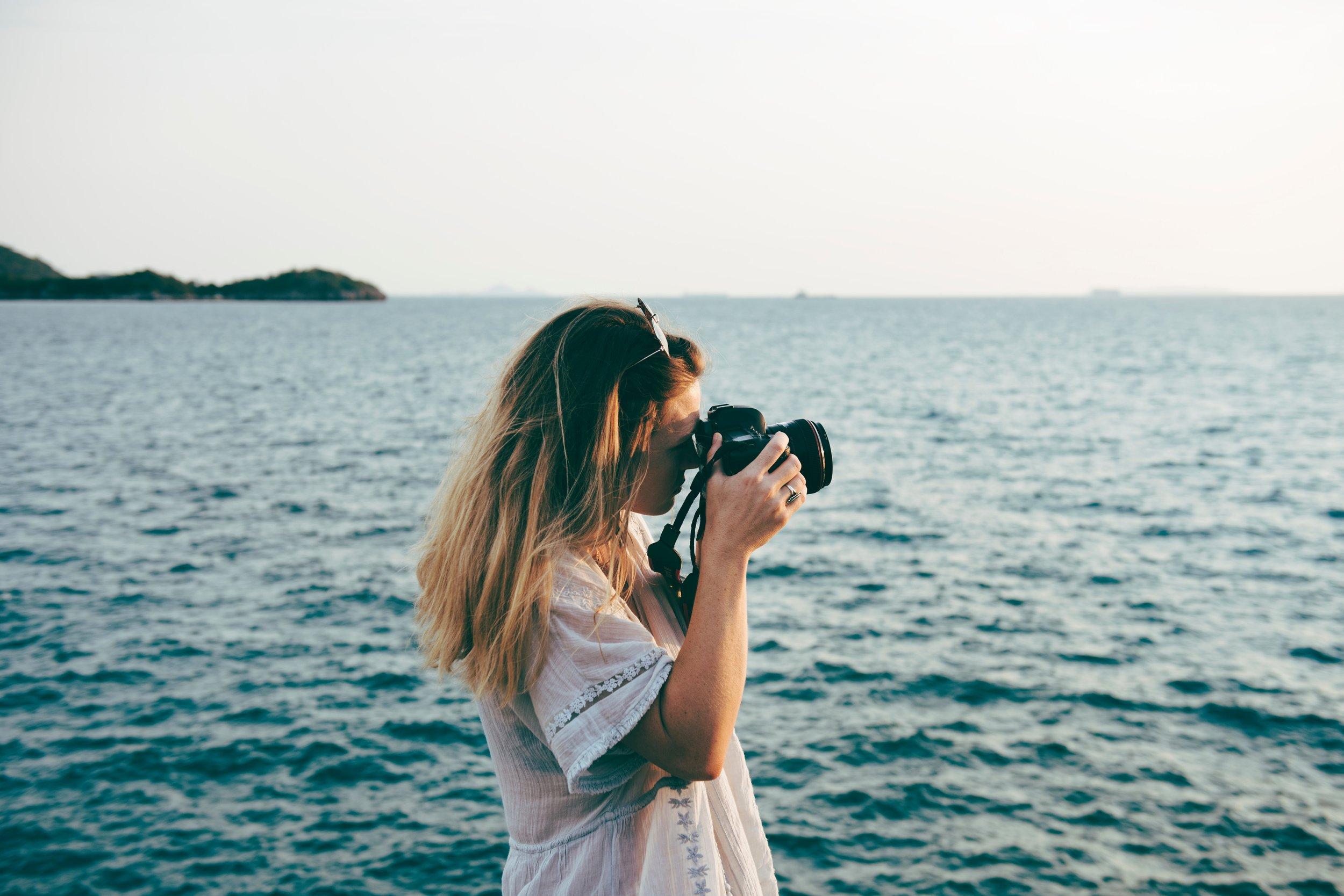 beach-calm-camera-423366.jpg