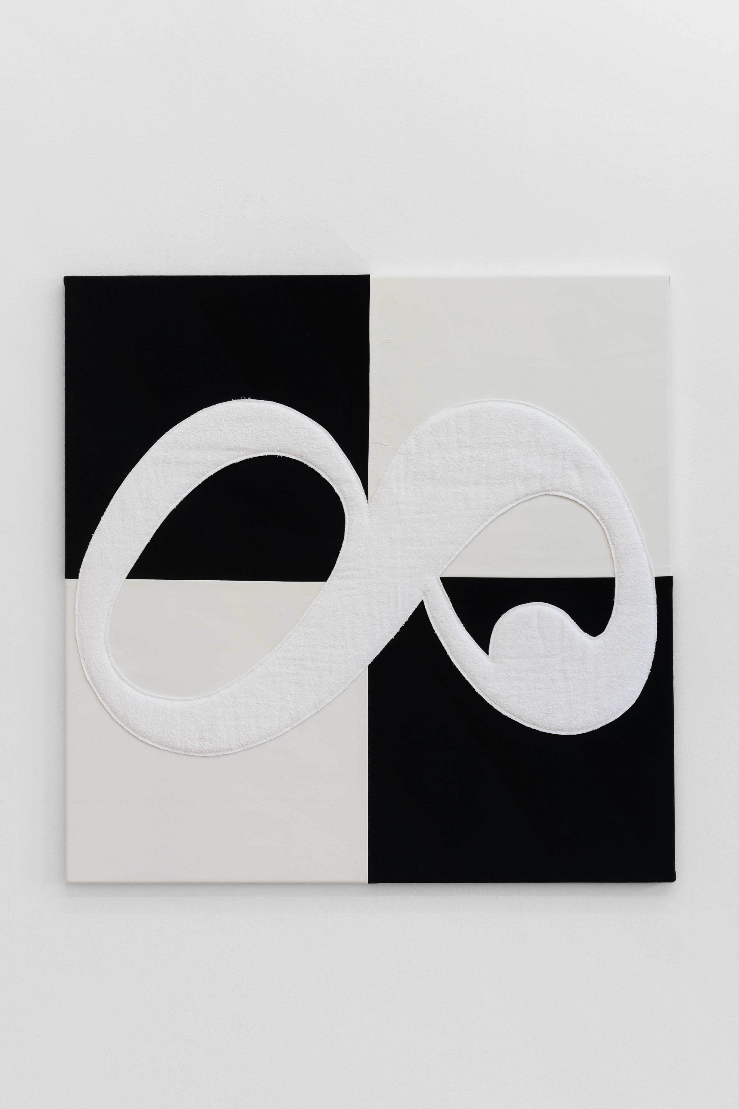 Benjamin Hirte,  Not yet titled , 2019 Felt, leather, and terry cloth on stretchers 100 x 100 cm