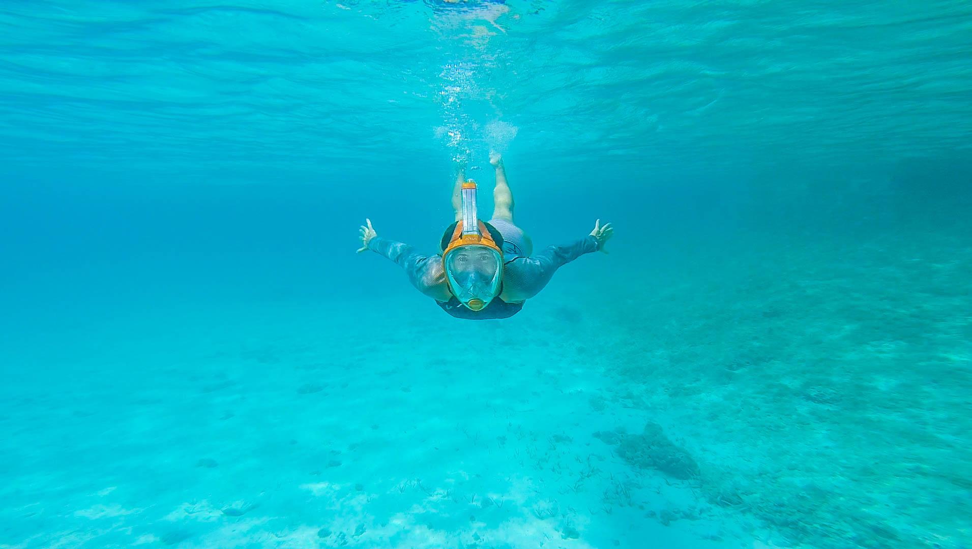 megan snorkelling 2.jpg