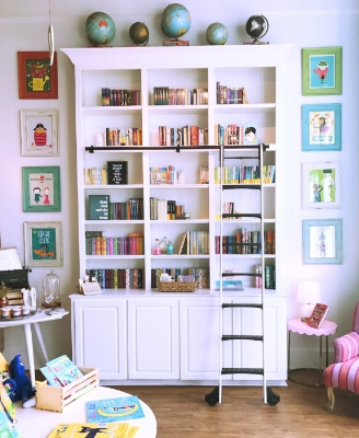 bookshelf-storybook-shop.jpg