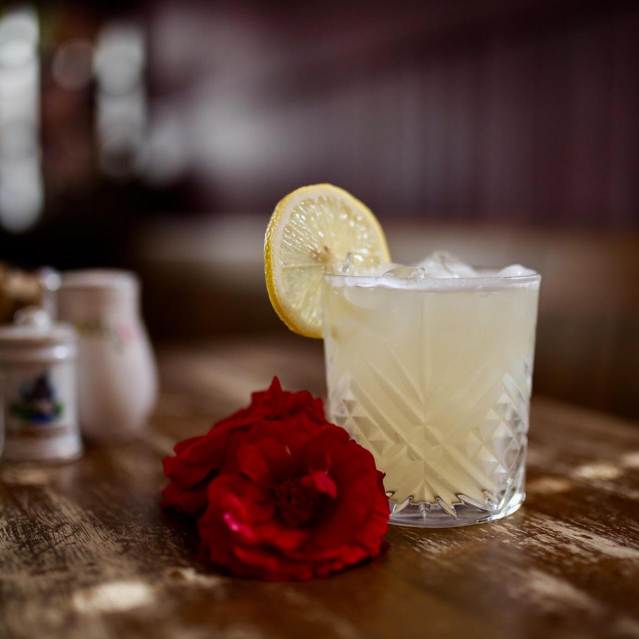 roseleaf pearfect lily 1.jpg