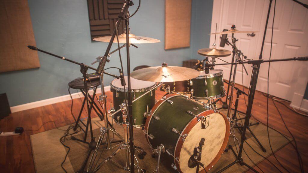 Studio-LiveRoom.jpg