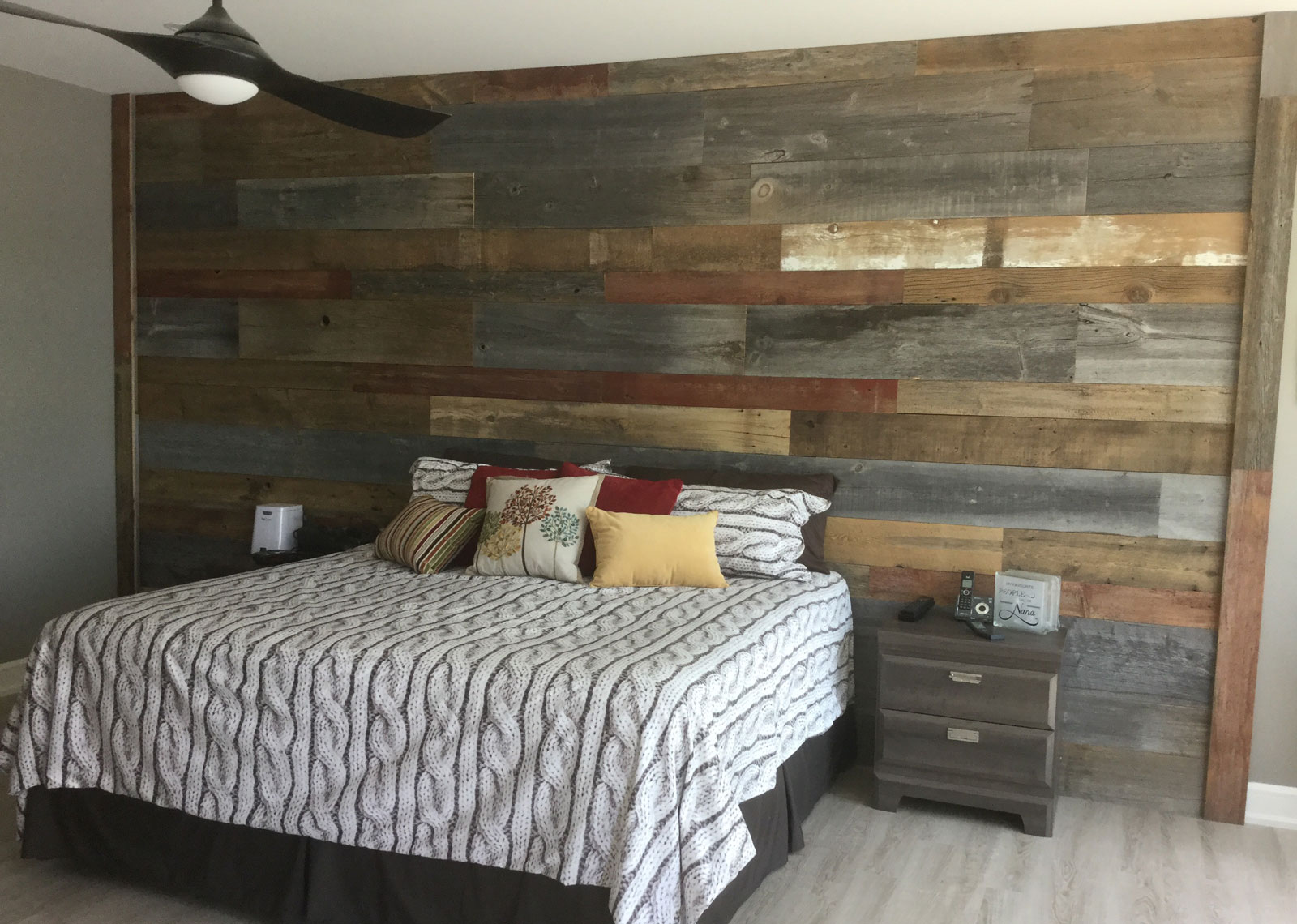 Feature Wall in Bedroom of Kennisis Lake Haliburton Cottage
