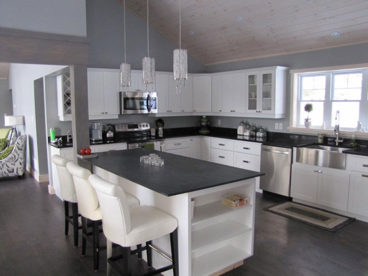 Custom Haliburton Cottage Kitchen