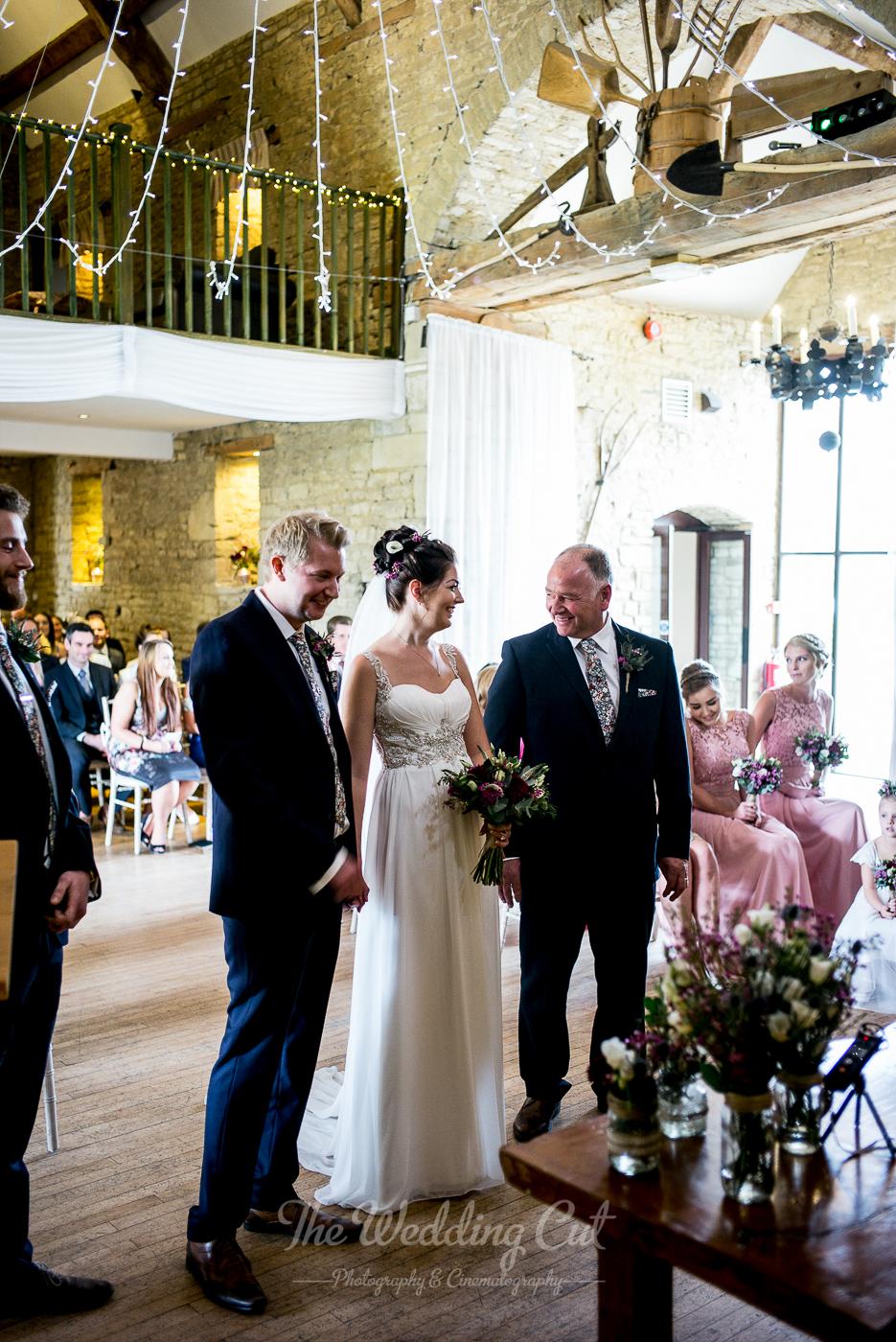 Great Tythe Barn Wedding LR-13.jpg