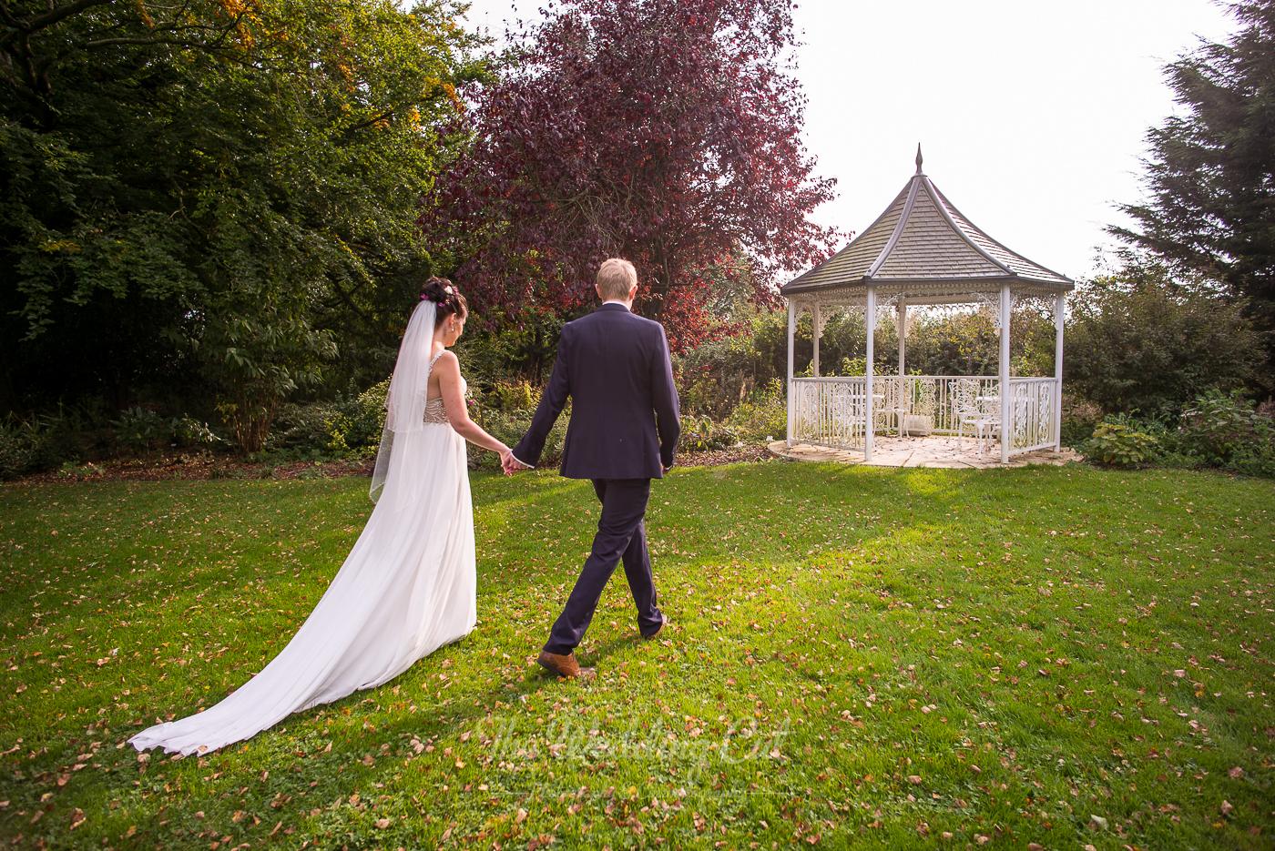 Great Tythe Barn Wedding LR-36.jpg