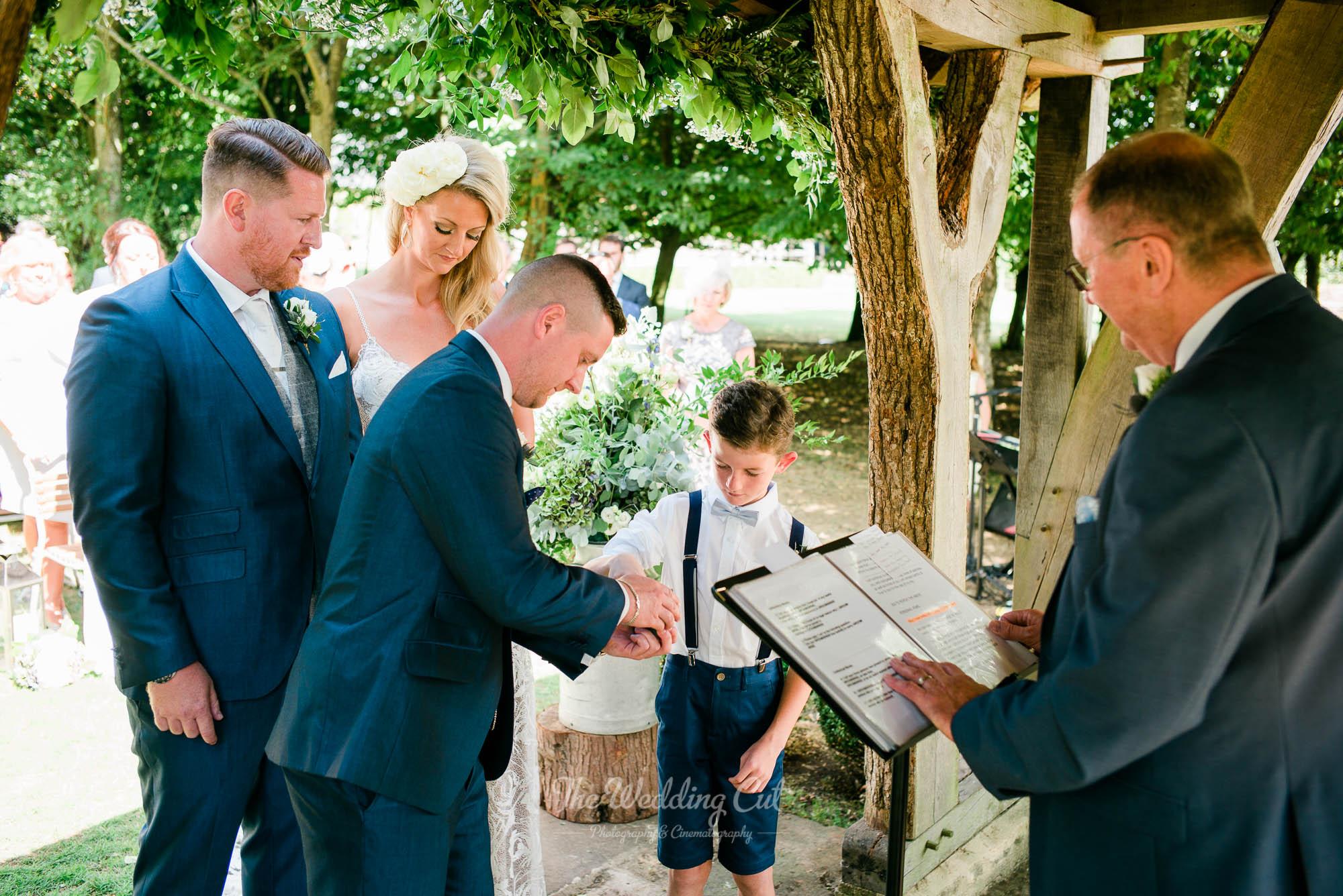 Cripps Barn Wedding-3.jpg