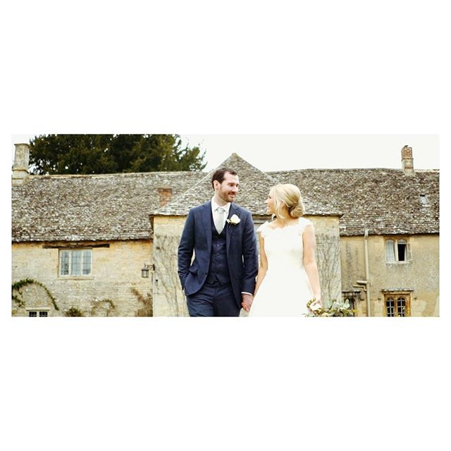 ~ H I S T O R Y  I N  T H E  M A K I N G ~  @caswellhouse for @duncanmc89 and @hannahmacentee what a wonderful Spring day for the wedding of these two lovebirds 😻 #caswellhouse #caswellhousewedding #caswellhouseblog #cotswoldswedding