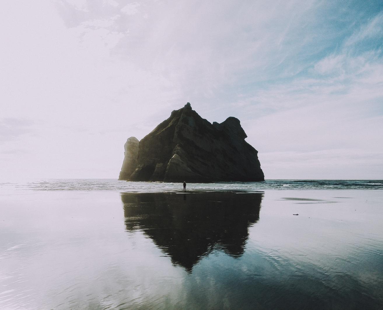 ocean-rock.jpg