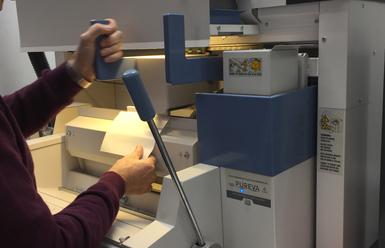 manor-printing-with-pureva-binder0409-385x248.jpg