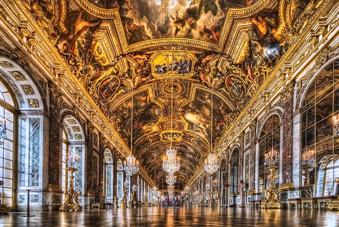 Palace-of-Versailles-luxury-interior.jpg