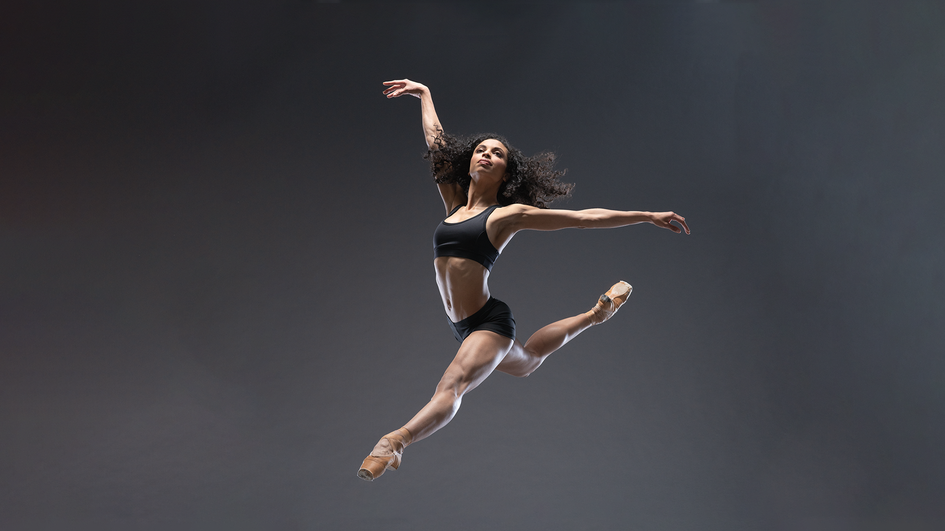 Colorado Ballet's Fernanda Oliveira. Photo by  Allen Birnbach .2018.