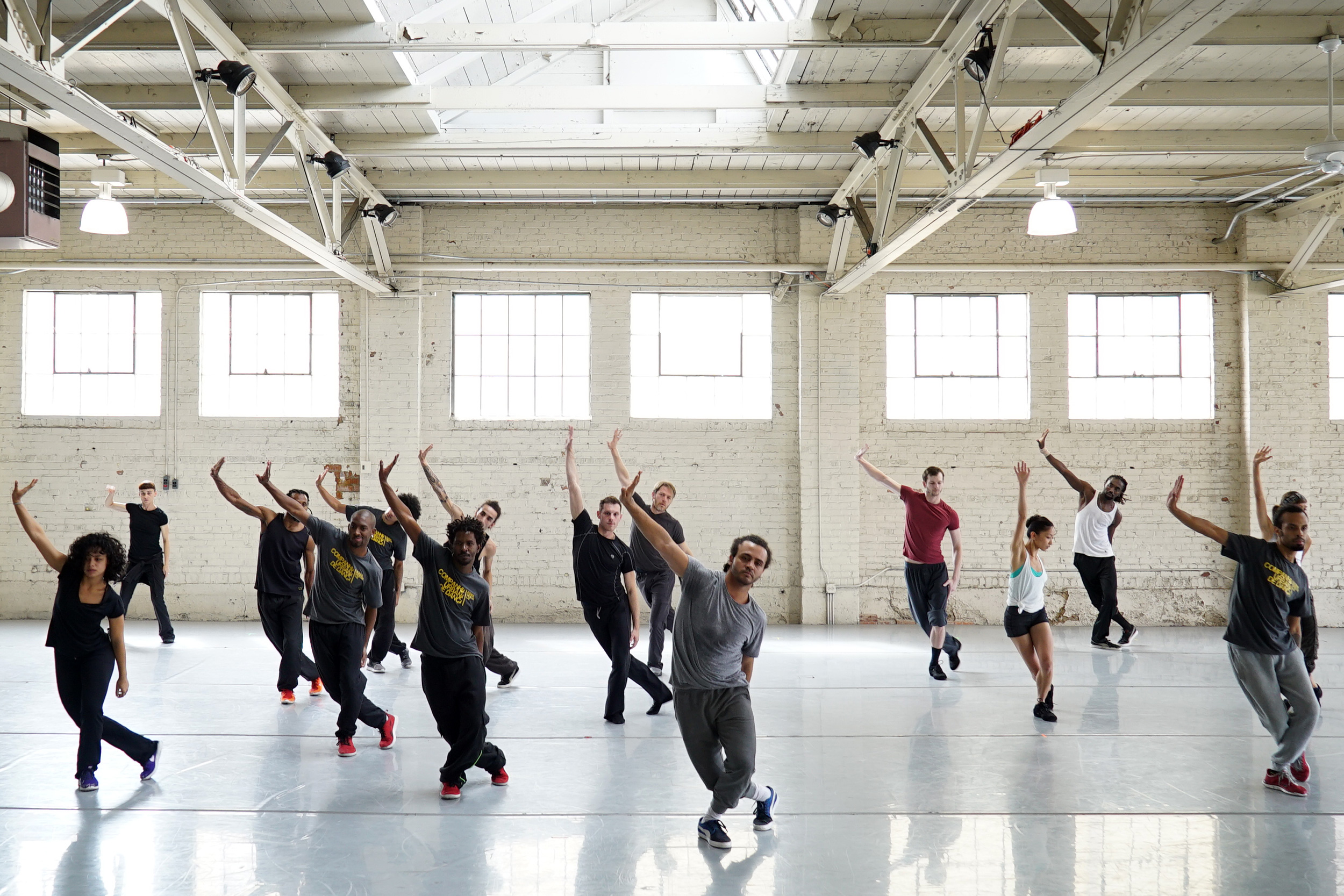 Companhia Urbana de Dança in rehearsal with Wonderbound. Photo by  Sam Pike .2015.