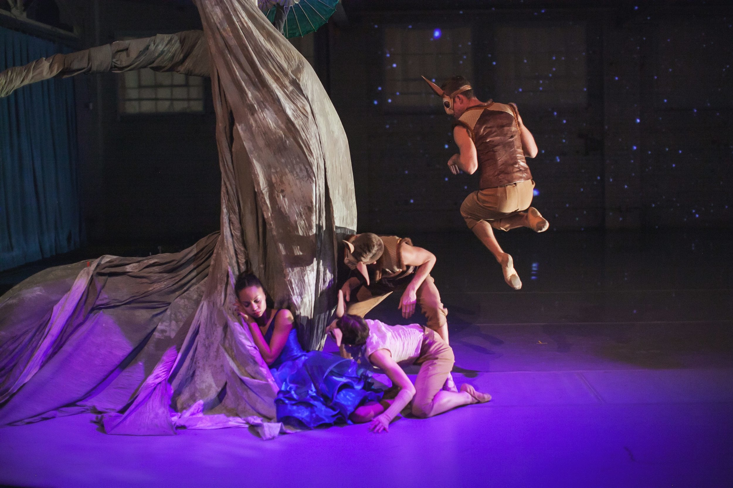 Wonderbound-dancers-in-Garrett-Ammon_s-Snow-with-Jesse-Manley-and-His-Band_Photo-by-Amanda-Tipton_2017.jpg