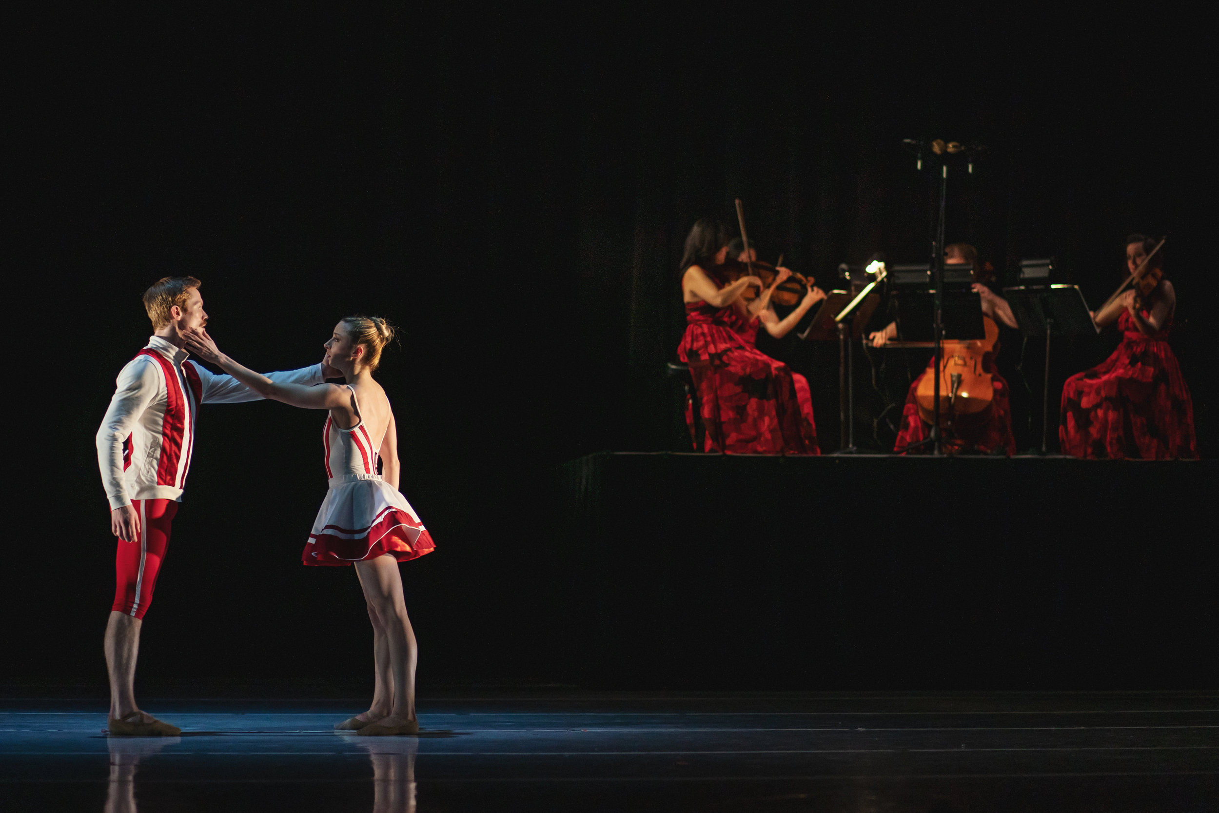 Wonderbound-dancers-in_Cupid_s-Playground_with-the-Colorado-Symphony_Photo-by-Amanda-Tipton_20196.jpg