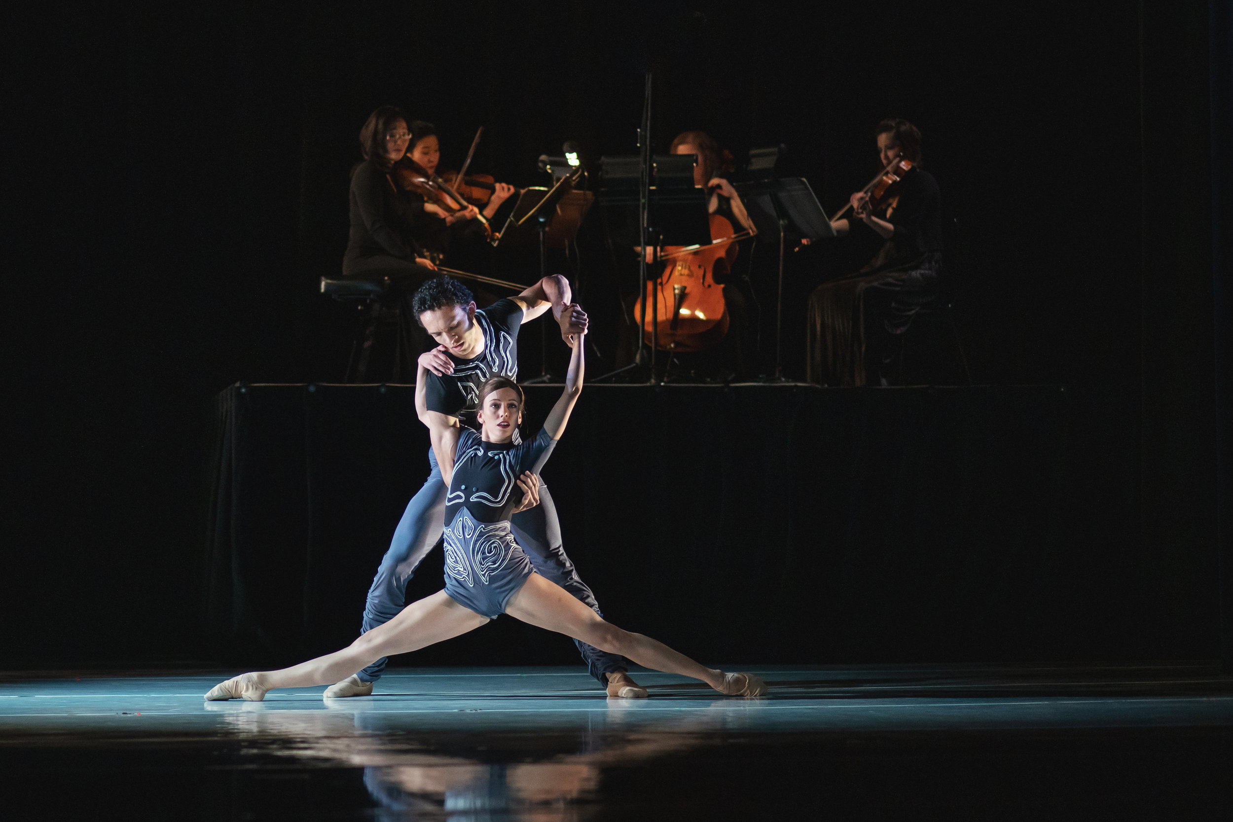 Wonderbound-dancers-in_Cupid_s-Playground_with-the-Colorado-Symphony_Photo-by-Amanda-Tipton_201947.jpg