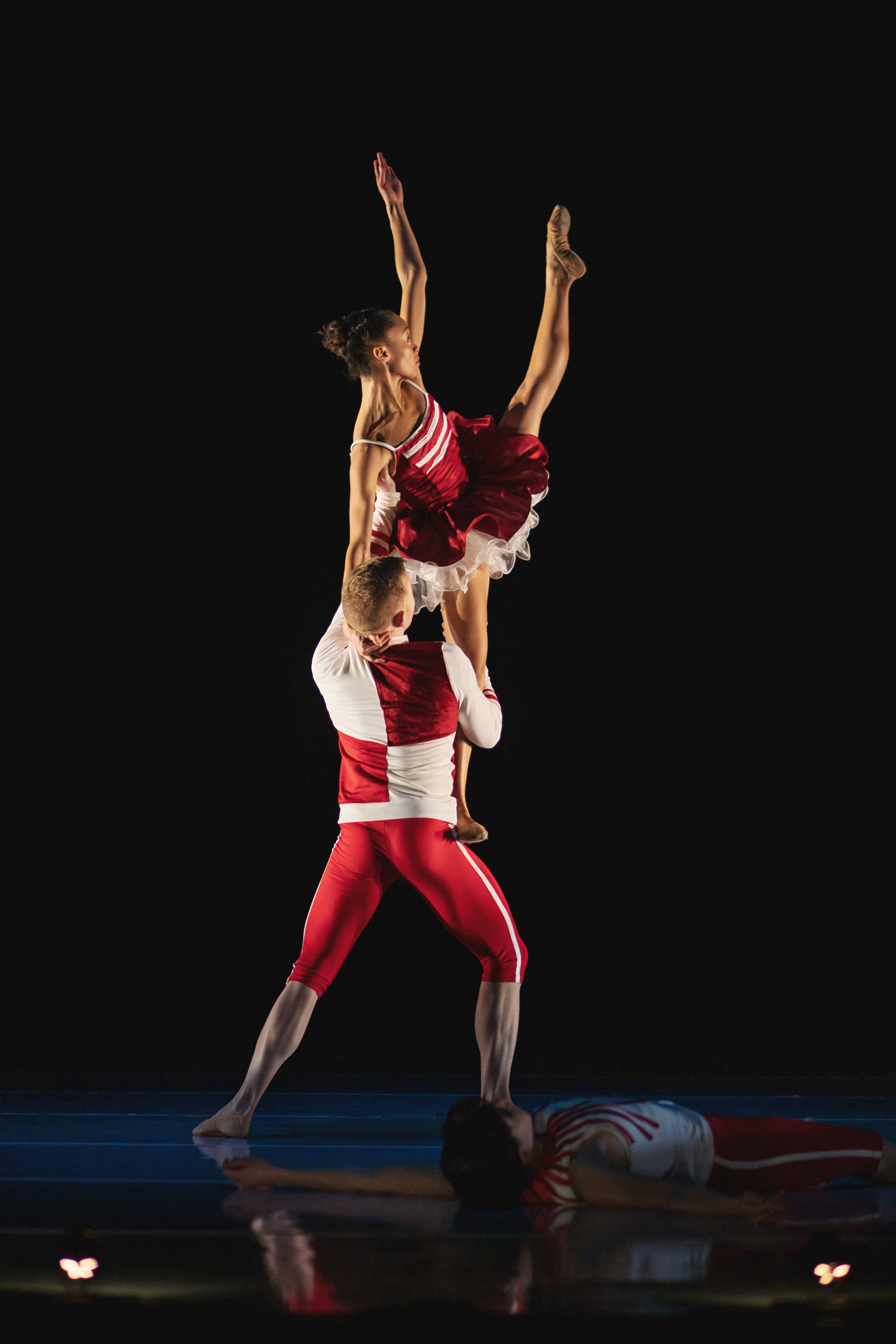 Wonderbound-dancers-in_Cupid_s-Playground_with-the-Colorado-Symphony_Photo-by-Amanda-Tipton_201921.jpg