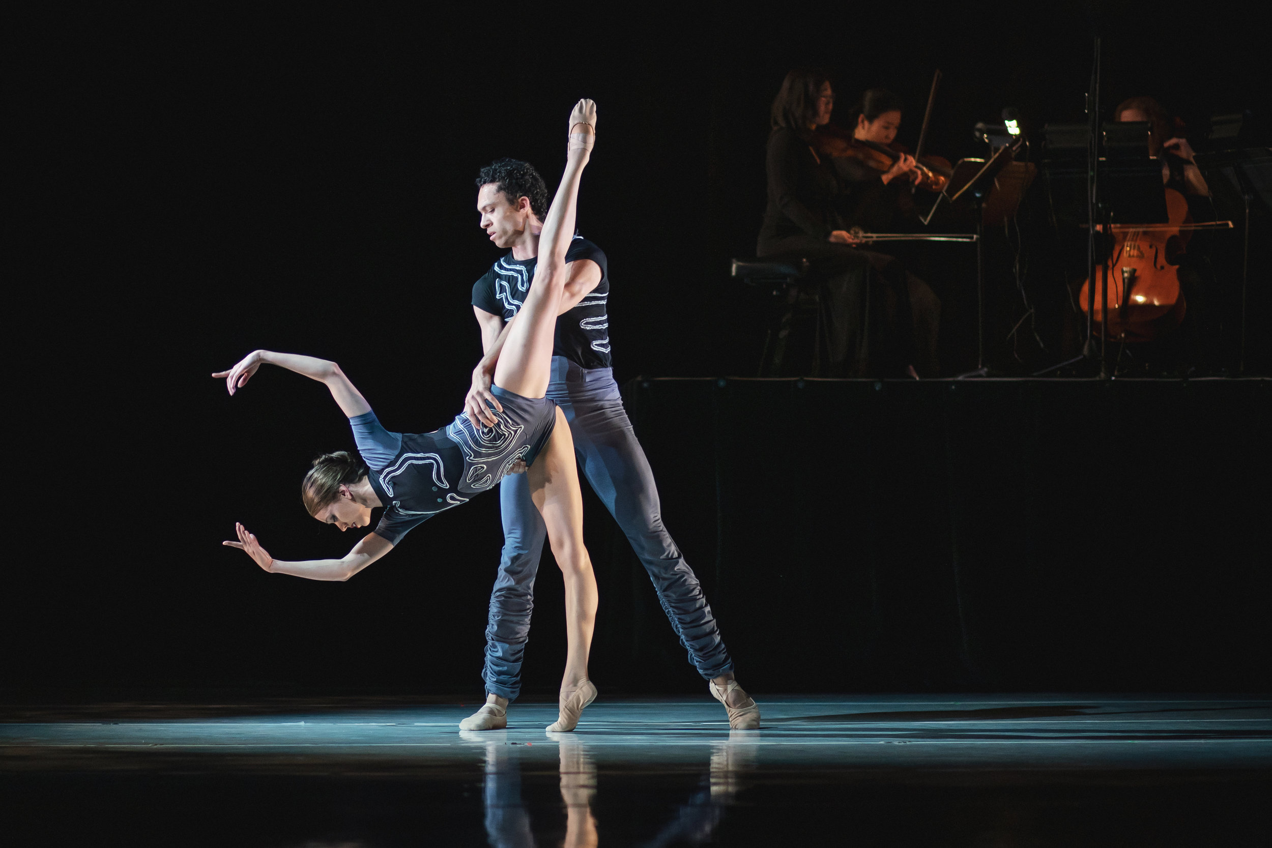 Wonderbound's Henry Maximillian McCall and Amy Giammarrusco in Garrett Ammon's  With Your Help  with the Colorado Symphony. Photo by  Amanda Tipton . 2019.