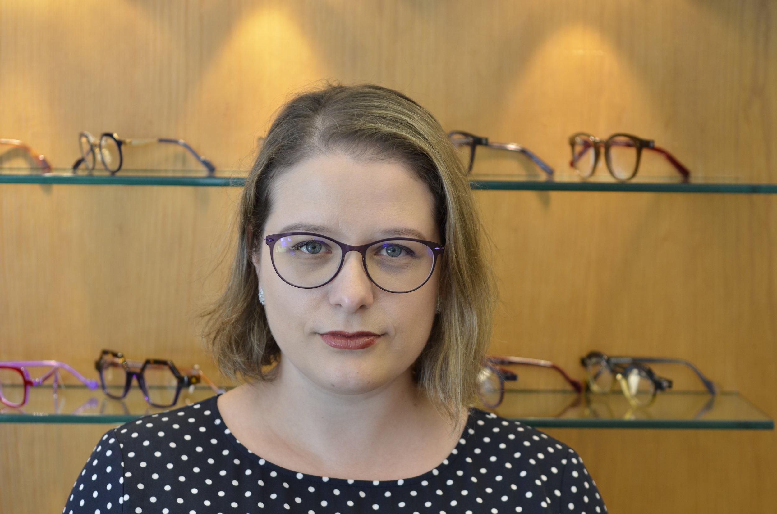Yuliya Zhukov,        Licensed Optician