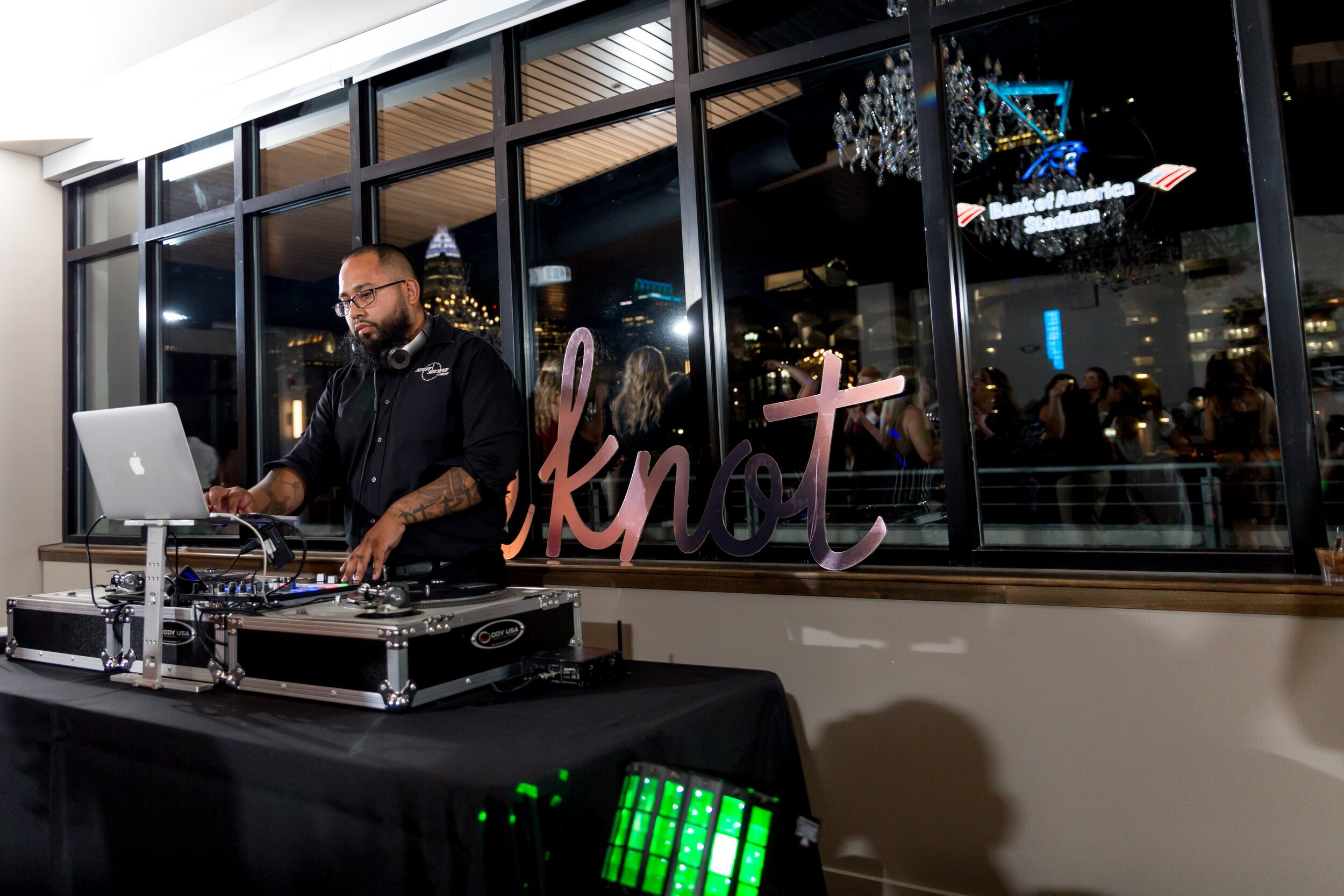 Split Second Sound DJ at The Knot Charlotte Mixer