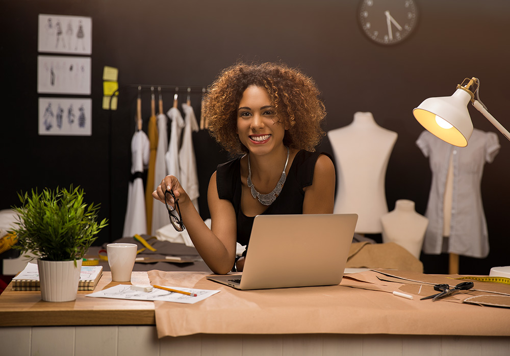 """THE EXPECTATION - """"Small business"""" can mean different things to different people, so whether you need to ship 100 orders per month or 10,000 orders per month, you deserve the same level of consistency, efficiency, and priority. As a Nutra Connection client, we scale with you."""