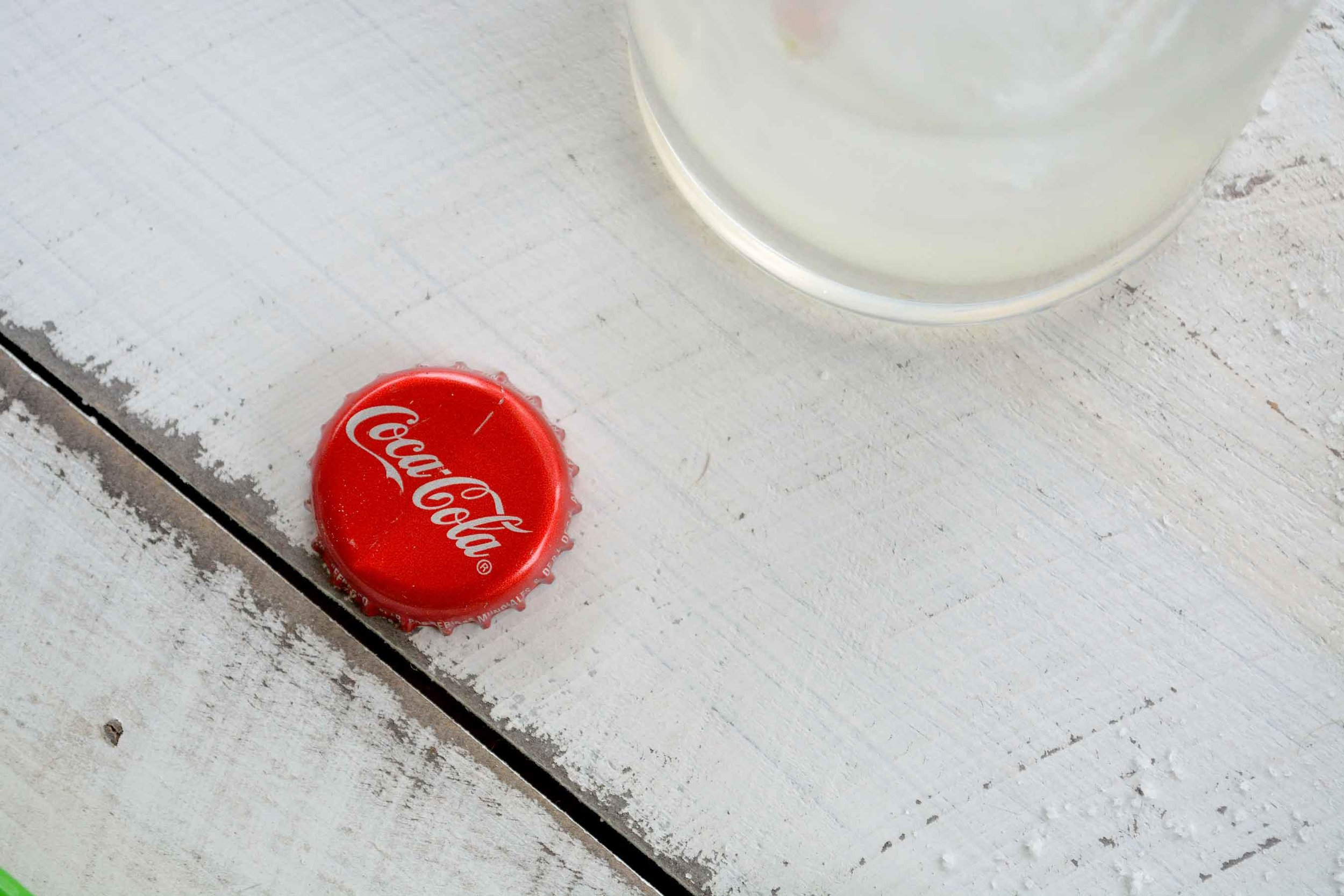coca_cola_mexico_soda_tequila_abre_ojos.jpg