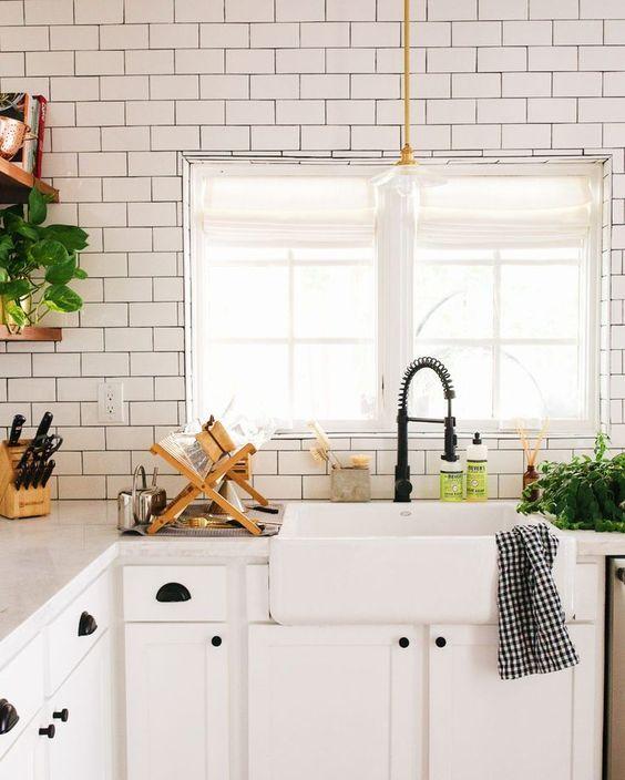 kitchen+faucet.jpg