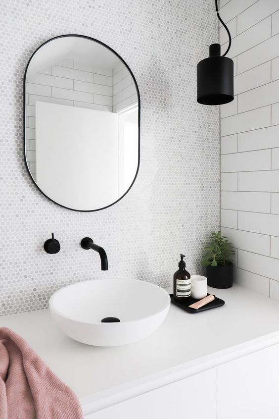 5 ways to use black in the bathroom! We've got a few techniques for you to incorporate black into your bathroom without it feeling too gothic. Click to see more!   VIGO Industries - Bathroom Design Ideas - Bathroom Remodel. Pictures sourced from Pinterest