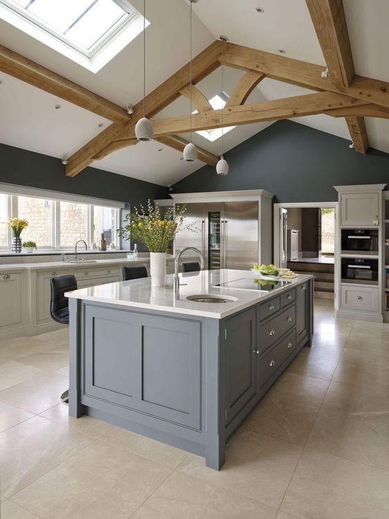 Farmhouse kitchen design VIGO Industries.jpg